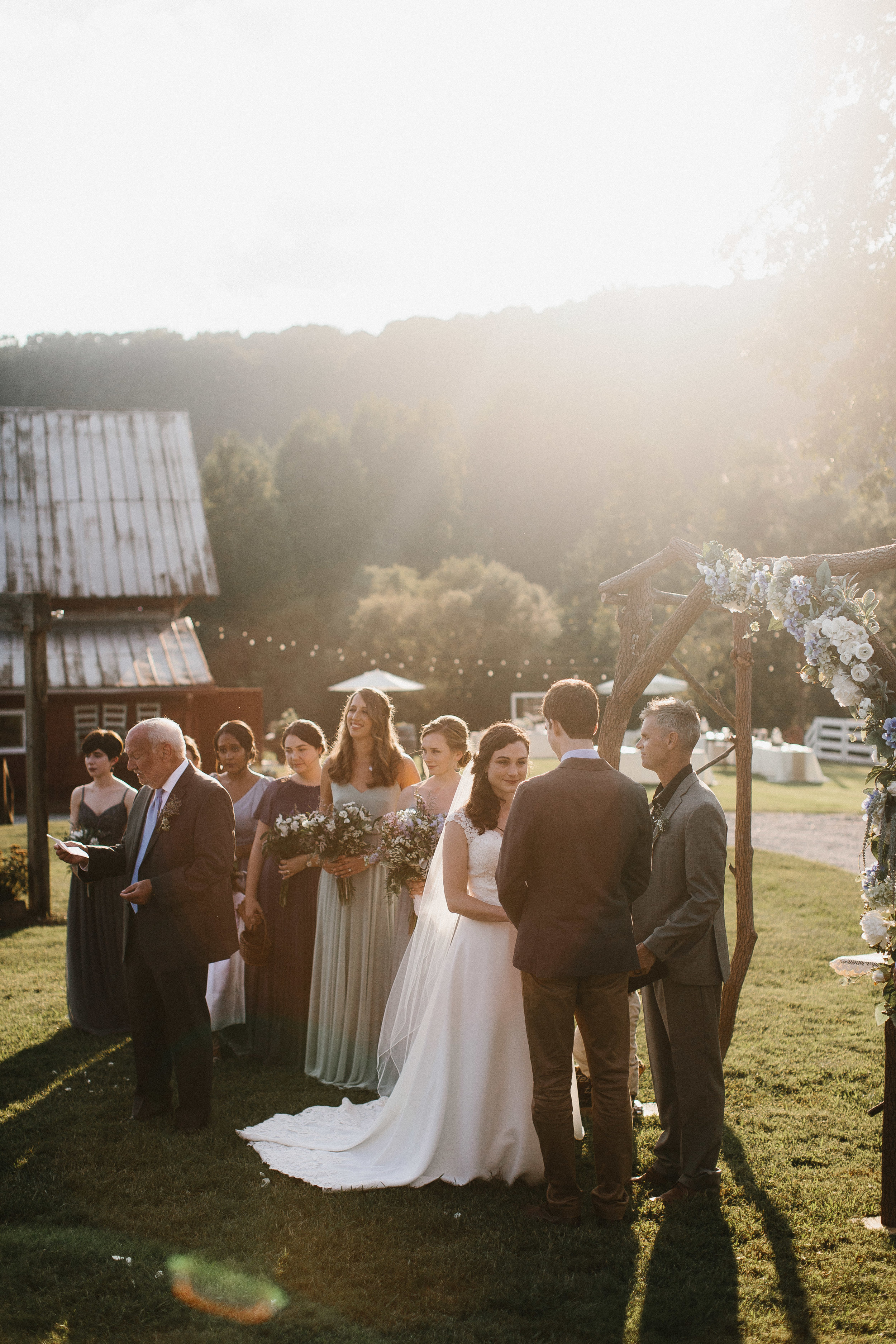 cleveland_georgia_mountain_laurel_farm_natural_classic_timeless_documentary_candid_wedding_emotional_photojournalism_river_west_1651.jpg