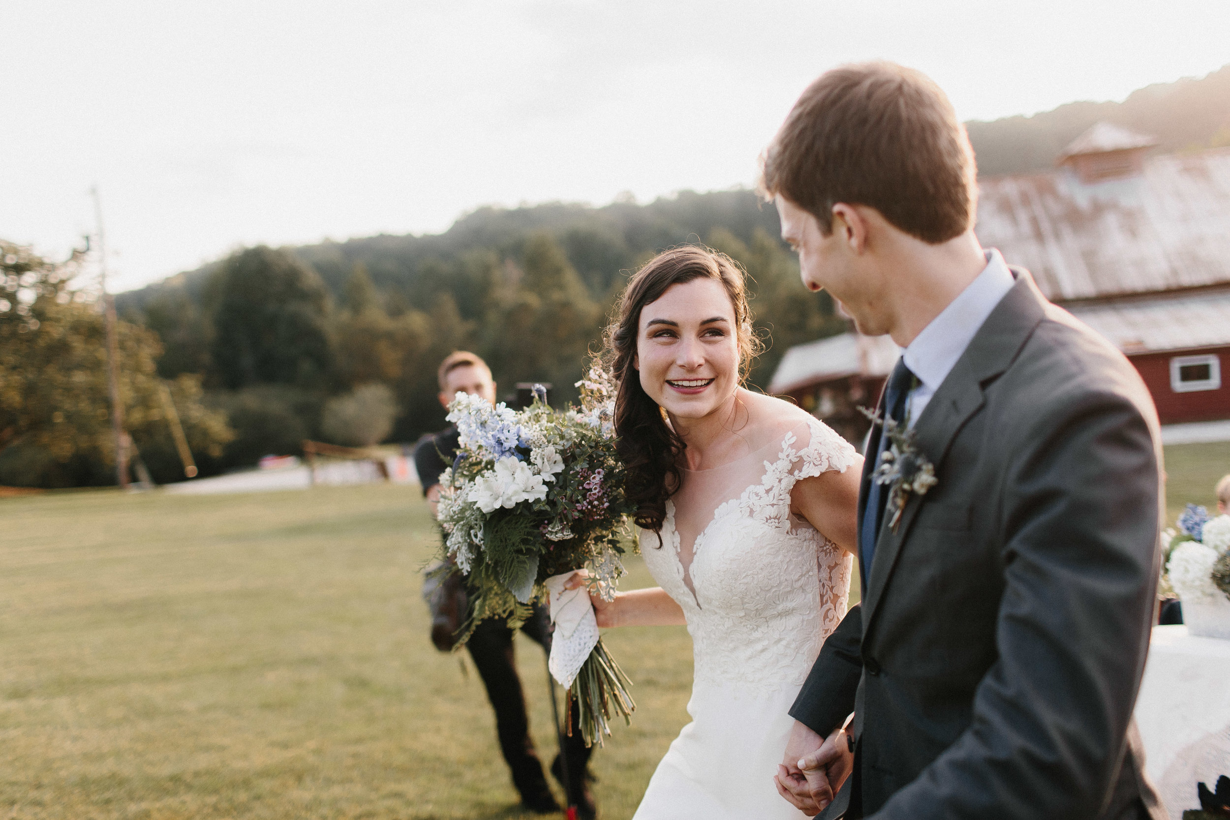 cleveland_georgia_mountain_laurel_farm_natural_classic_timeless_documentary_candid_wedding_emotional_photojournalism_river_west_1713.jpg