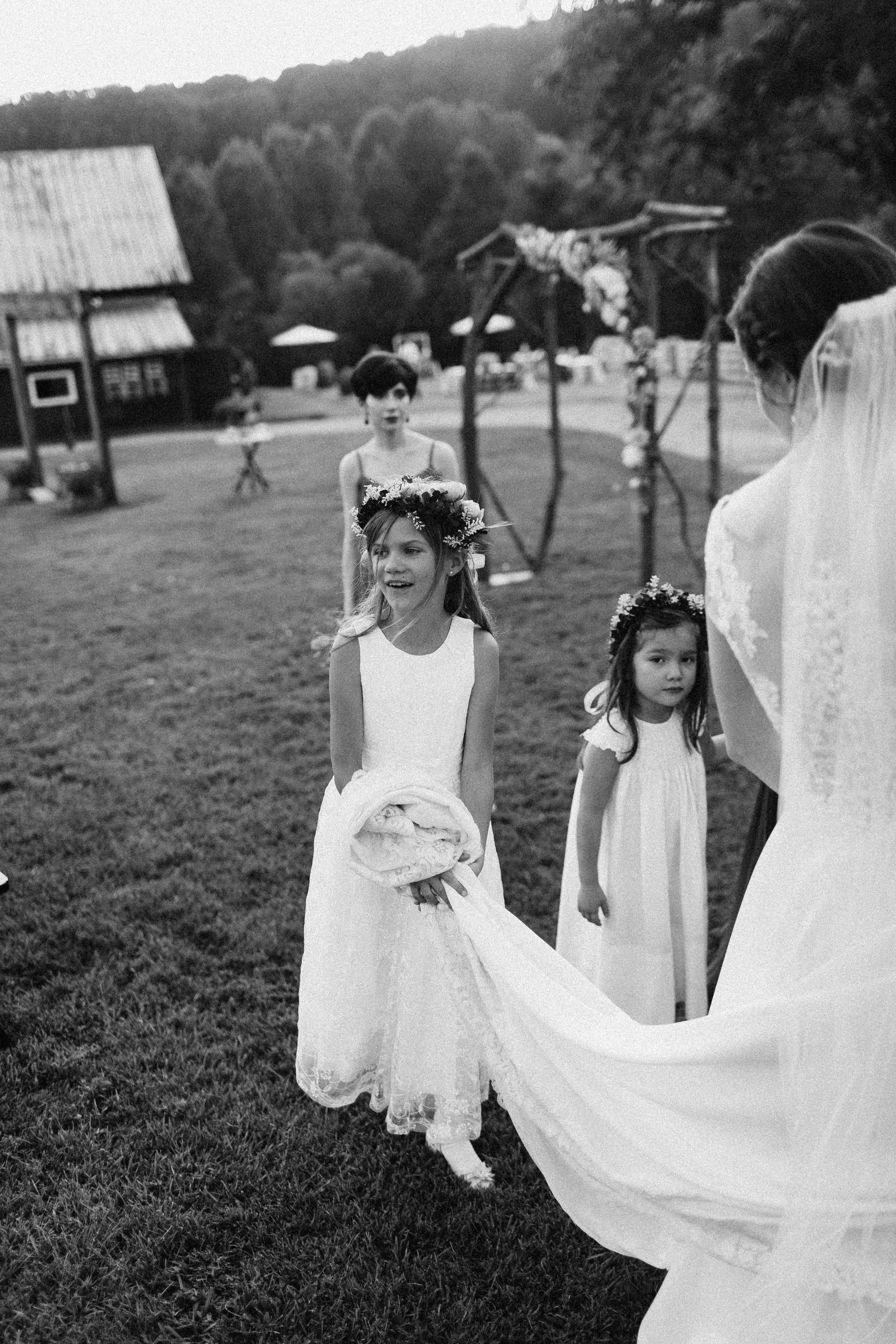 cleveland_georgia_mountain_laurel_farm_natural_classic_timeless_documentary_candid_wedding_emotional_photojournalism_river_west_1742.jpg