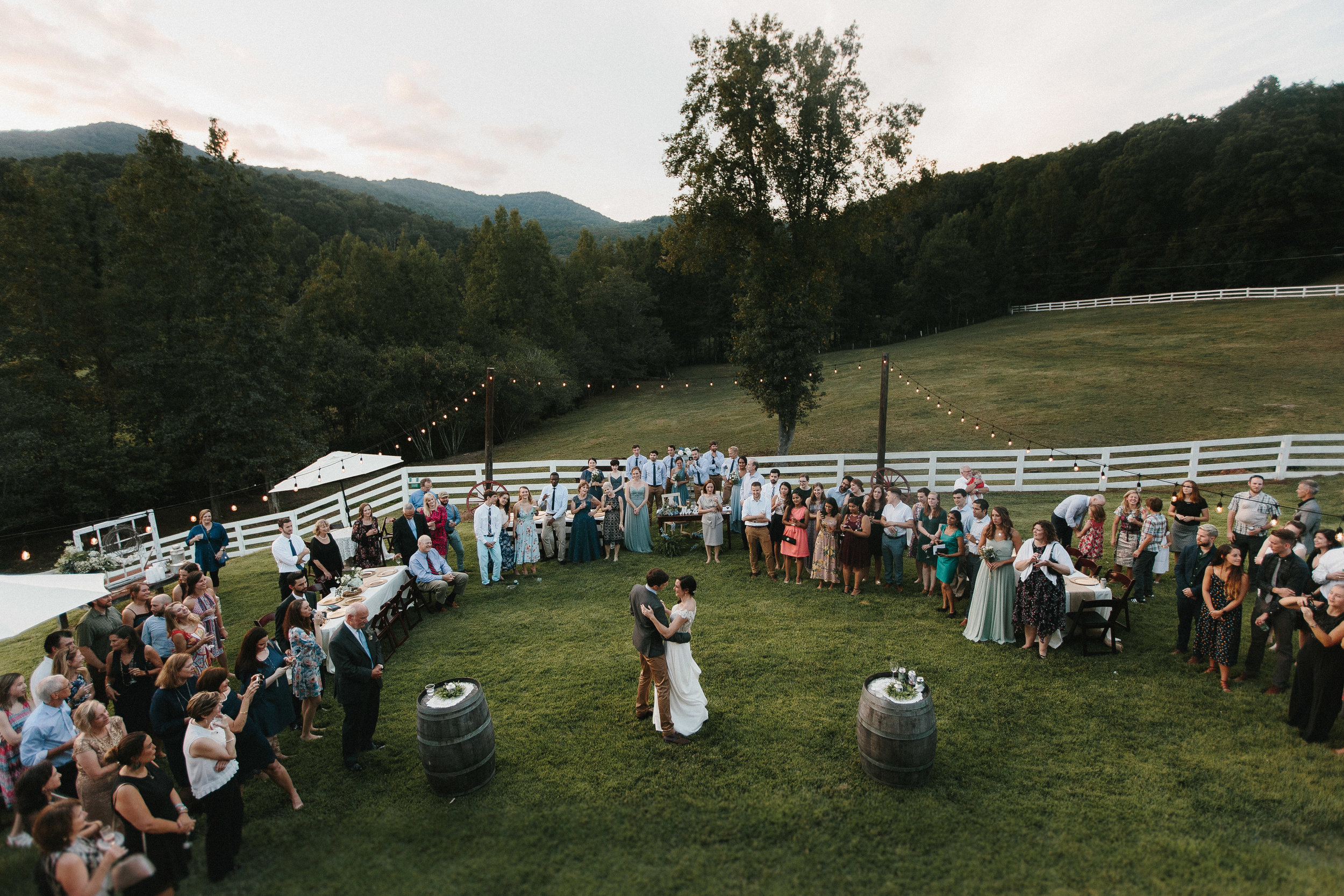 cleveland_georgia_mountain_laurel_farm_natural_classic_timeless_documentary_candid_wedding_emotional_photojournalism_river_west_1899.jpg