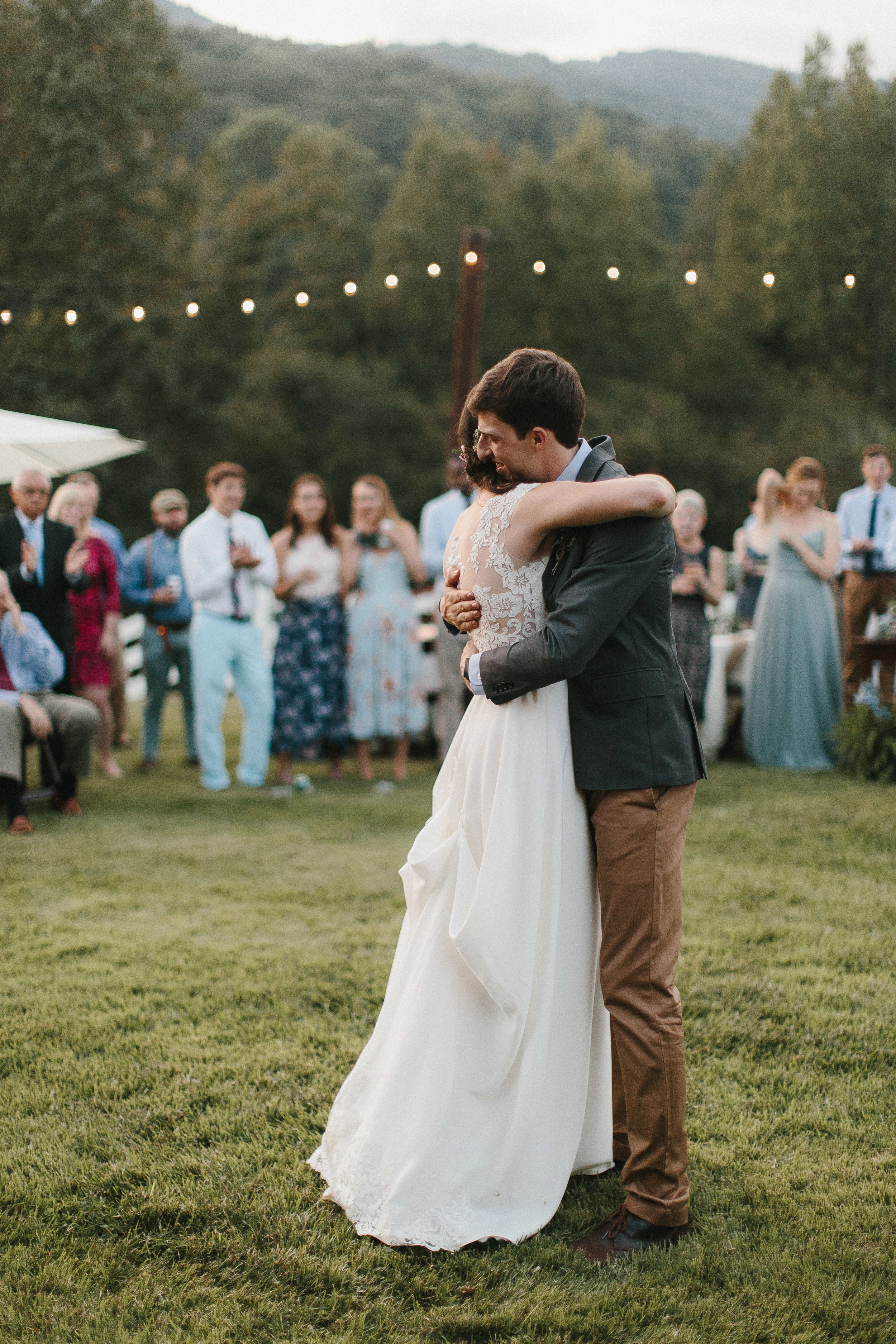 cleveland_georgia_mountain_laurel_farm_natural_classic_timeless_documentary_candid_wedding_emotional_photojournalism_river_west_1919.jpg