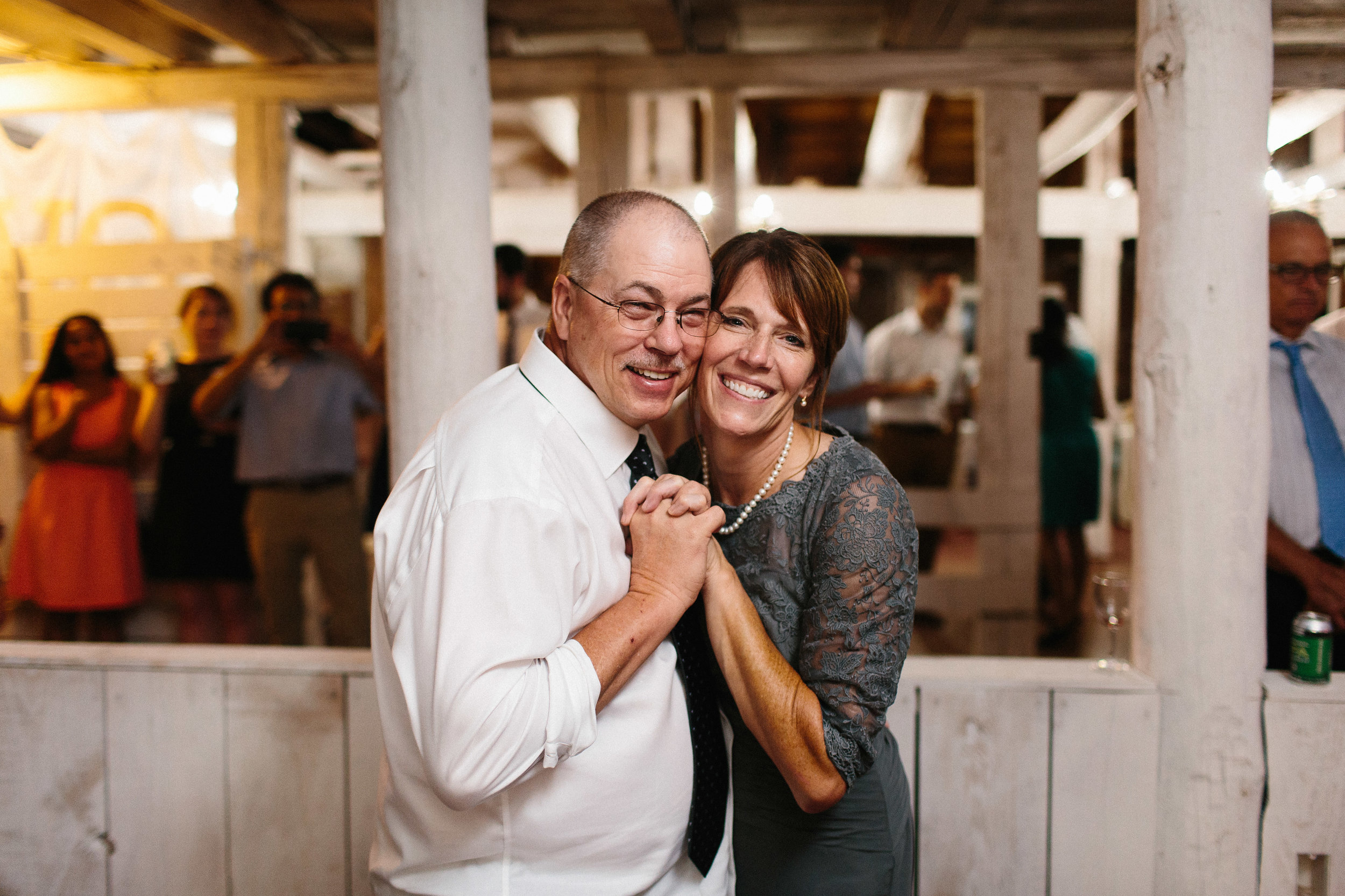 cleveland_georgia_mountain_laurel_farm_natural_classic_timeless_documentary_candid_wedding_emotional_photojournalism_river_west_2038.jpg