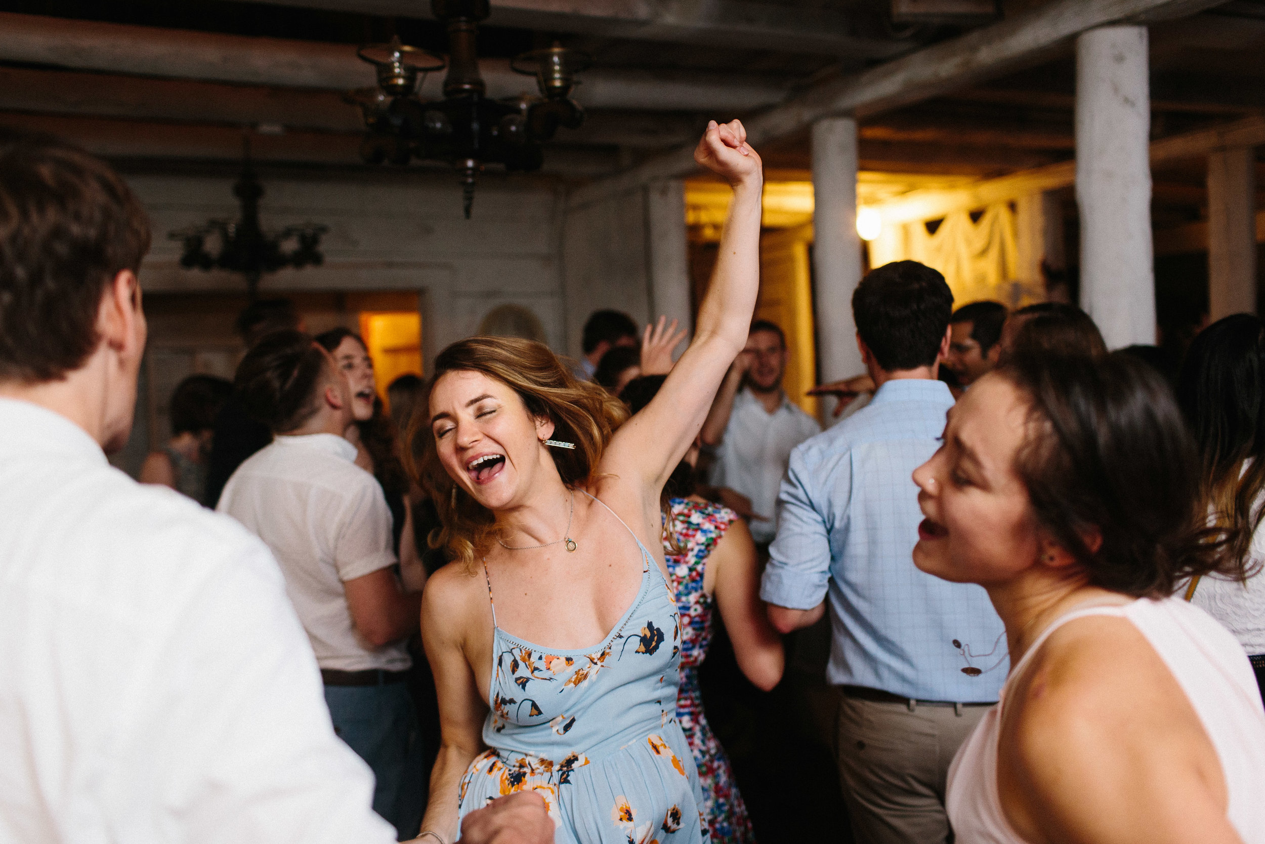 cleveland_georgia_mountain_laurel_farm_natural_classic_timeless_documentary_candid_wedding_emotional_photojournalism_river_west_2113.jpg