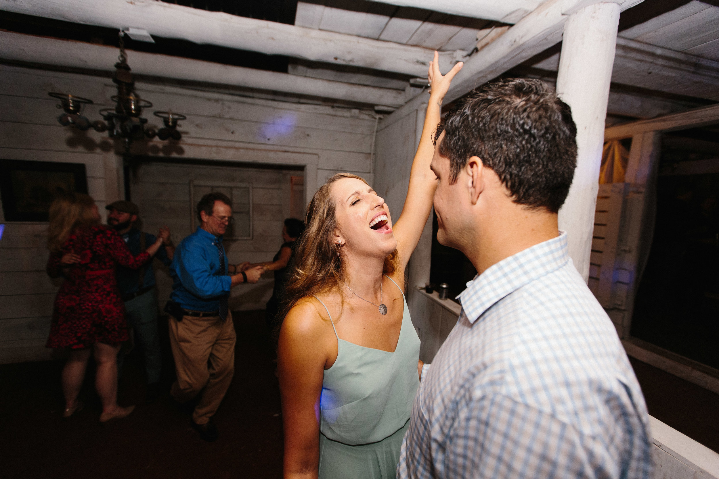 cleveland_georgia_mountain_laurel_farm_natural_classic_timeless_documentary_candid_wedding_emotional_photojournalism_river_west_2184.jpg