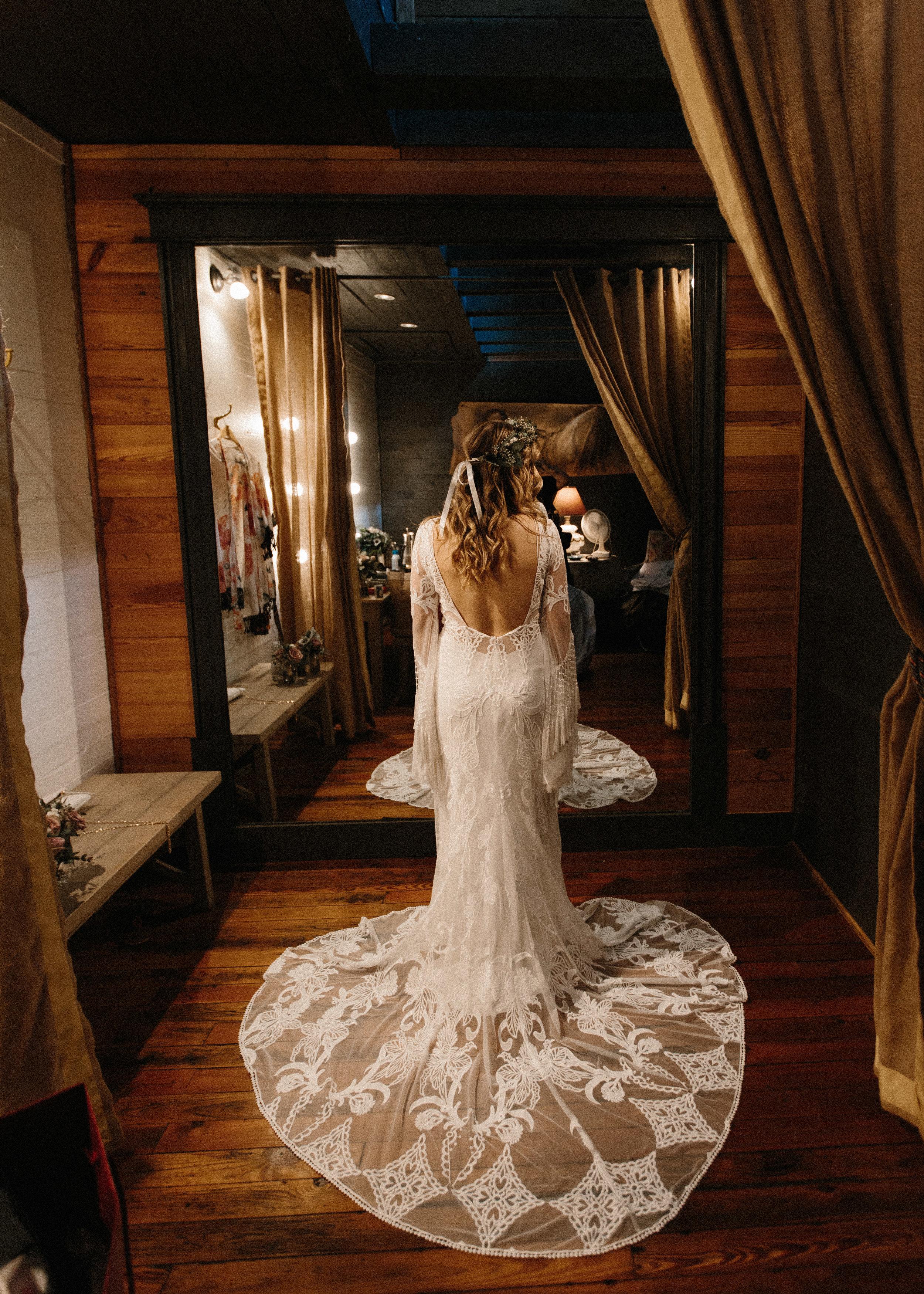 cherry_hollow_farms_industrial_unique_venue_georgia_serenbe_wedding_boho_midsummer_nights_dream_river_west_1206.jpg
