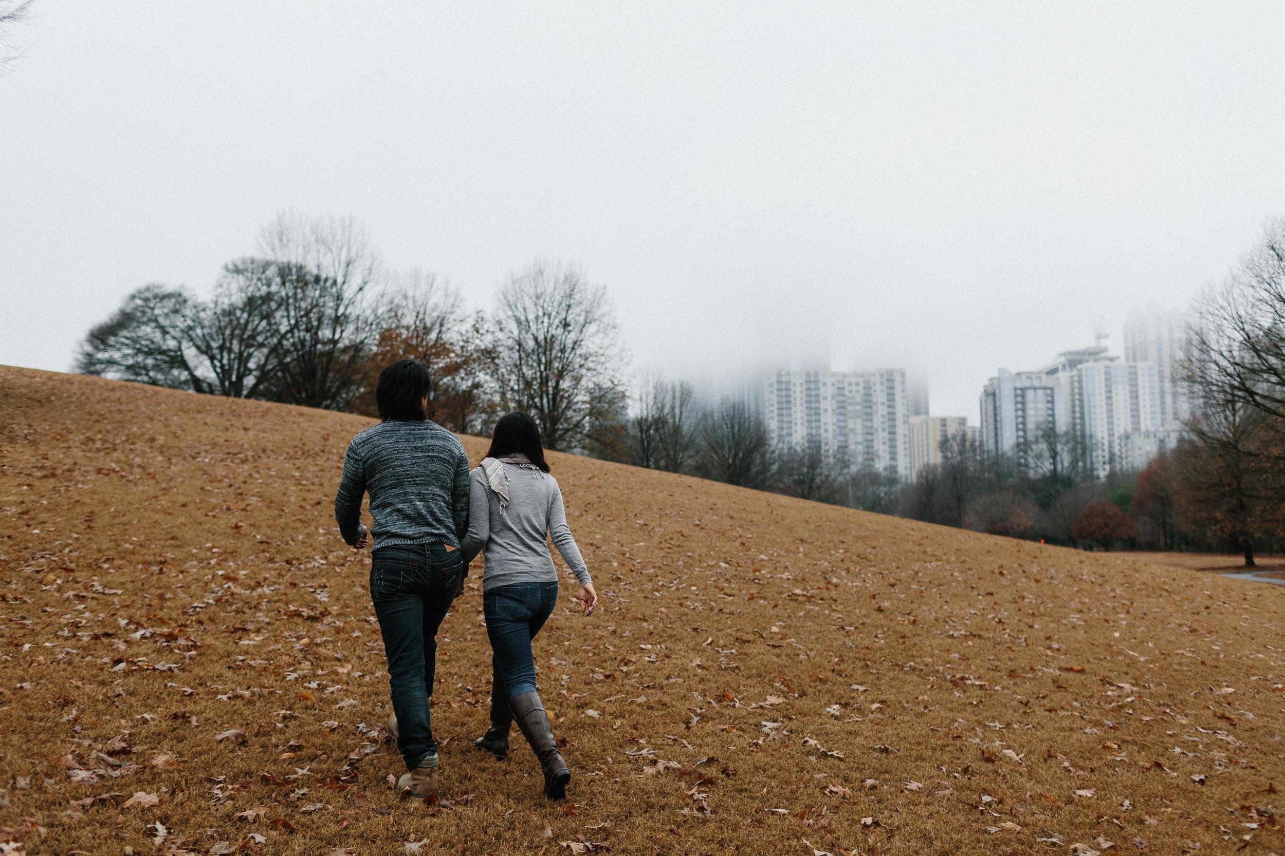 atlanta_gloomy_day_rainy_engagement_couple_lifestyle_fun_playful_artistic_georgia_photographer_2014.jpg