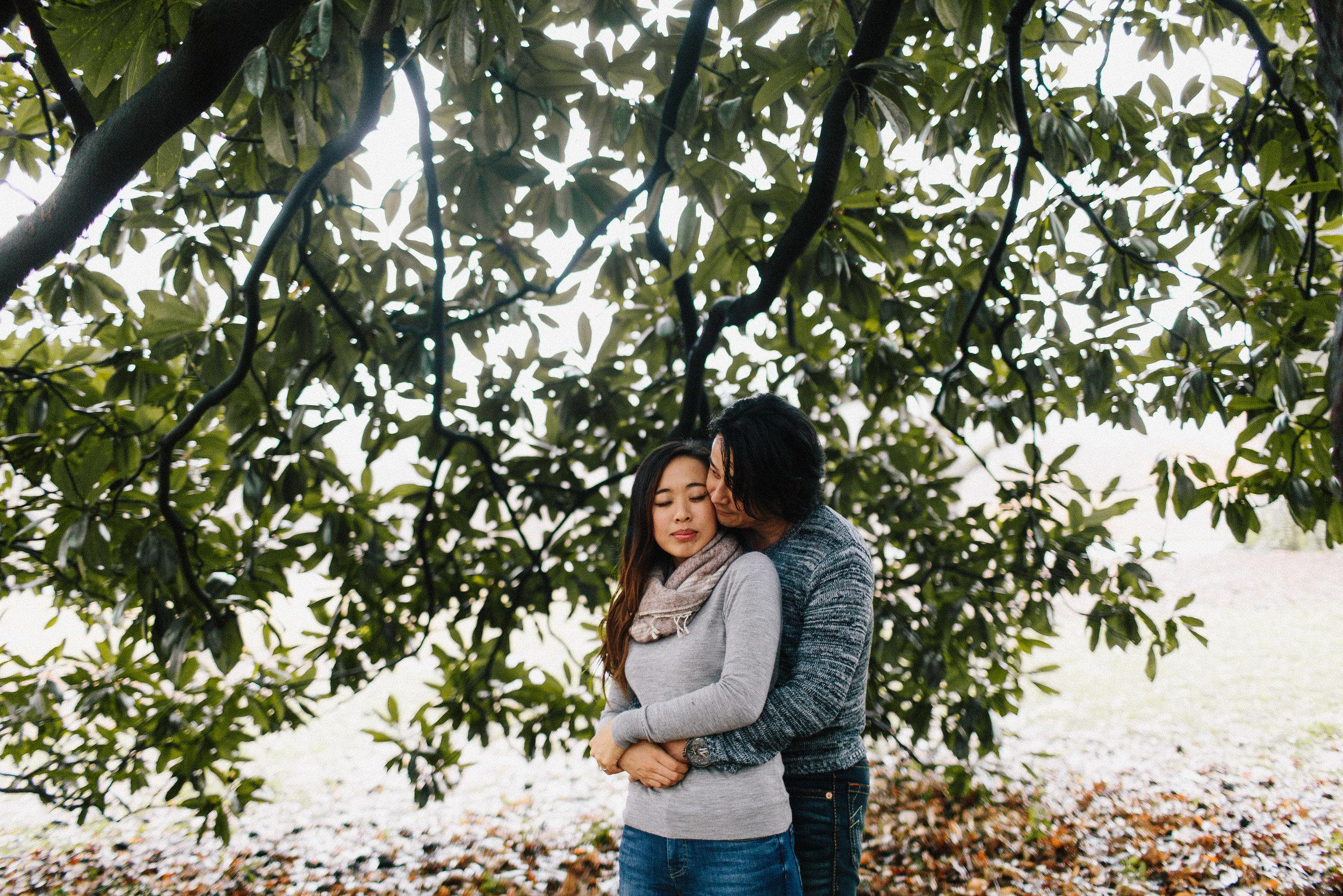 atlanta_gloomy_day_rainy_engagement_couple_lifestyle_fun_playful_artistic_georgia_photographer_2124.jpg