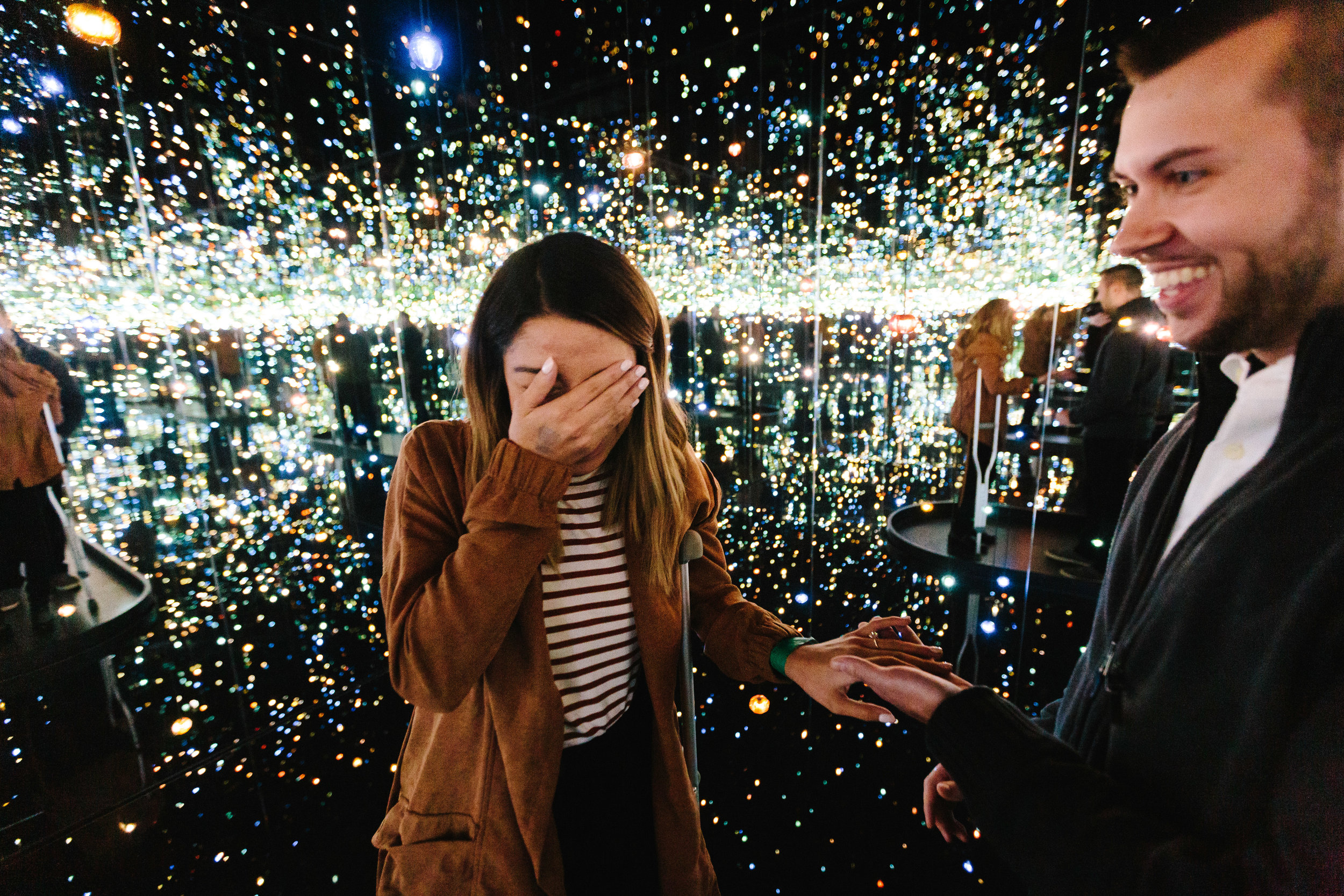 high_museum_infinity_mirrors_Yayoi_Kusama_proposal_amazing_atlanta_real_couple_engagement_ideas_epic_1016.jpg