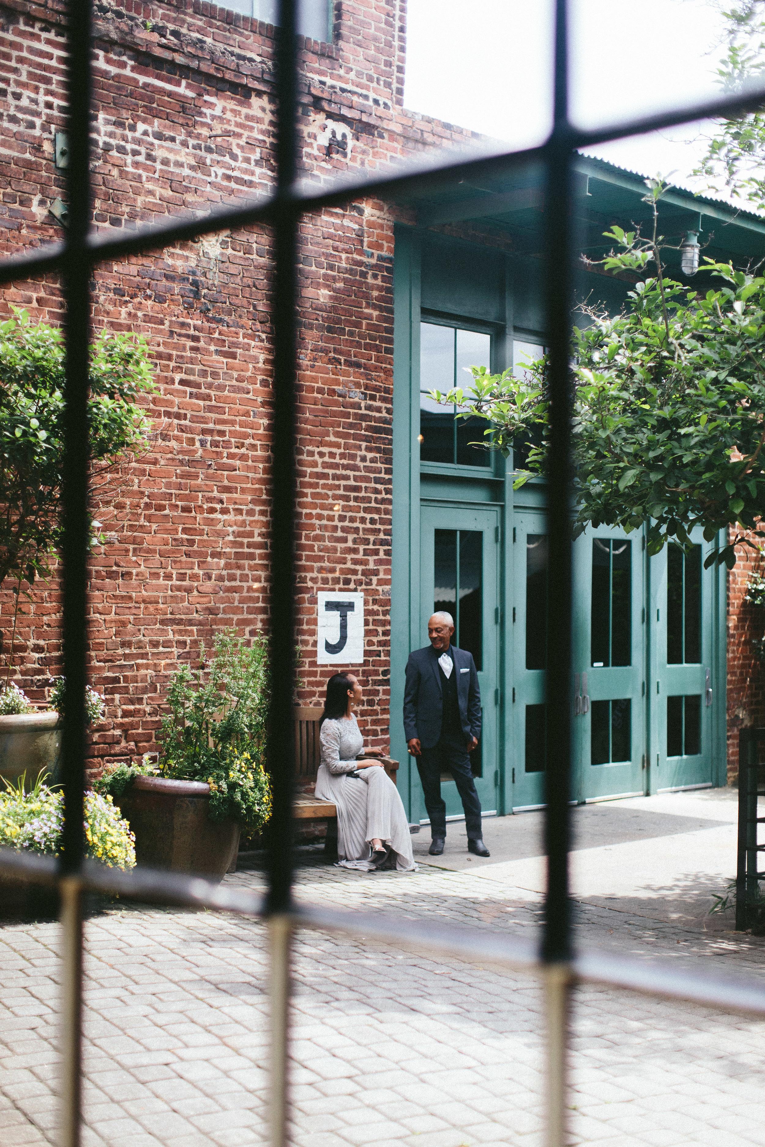 king_plow_atlanta_wedding_art_gallery_modern_lifestyle_documentary_1291.jpg