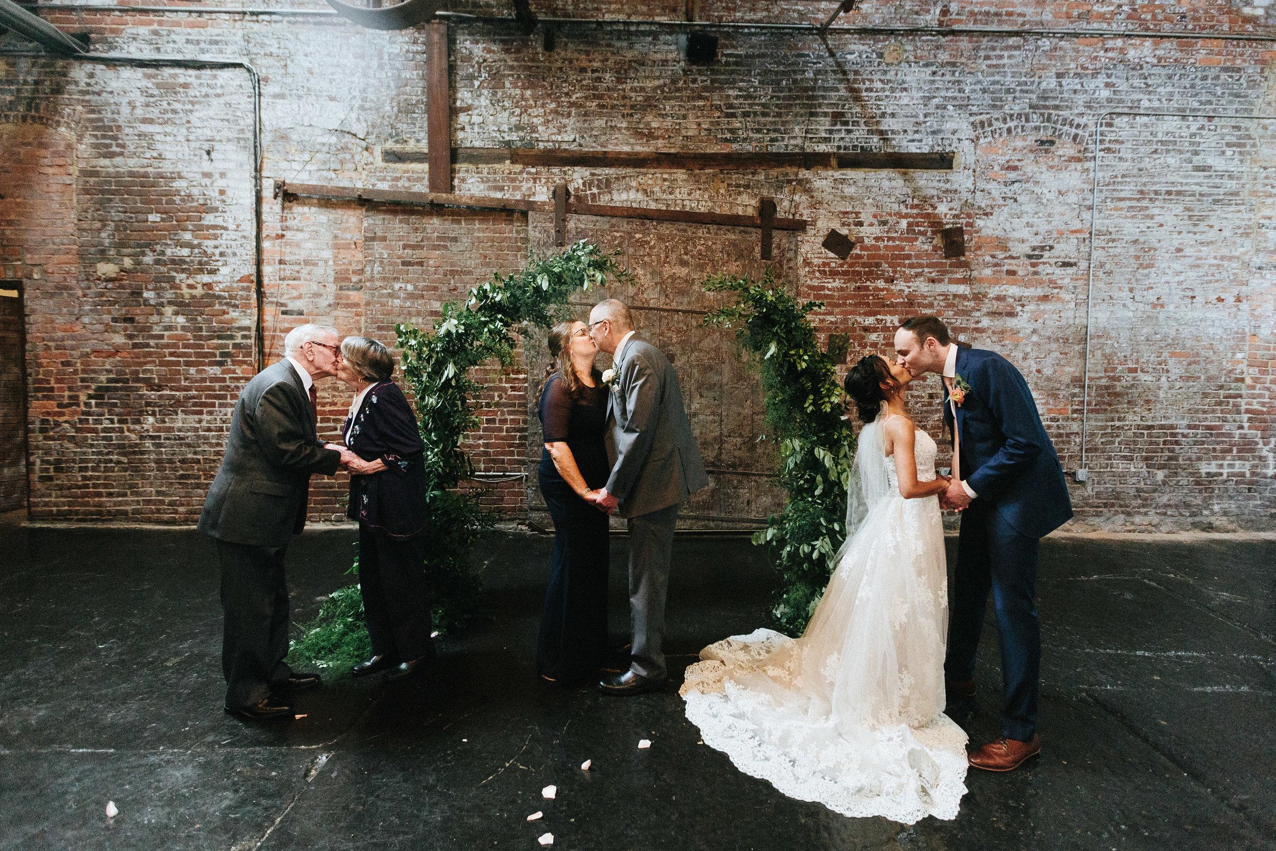 king_plow_atlanta_wedding_art_gallery_modern_lifestyle_documentary_1559.jpg