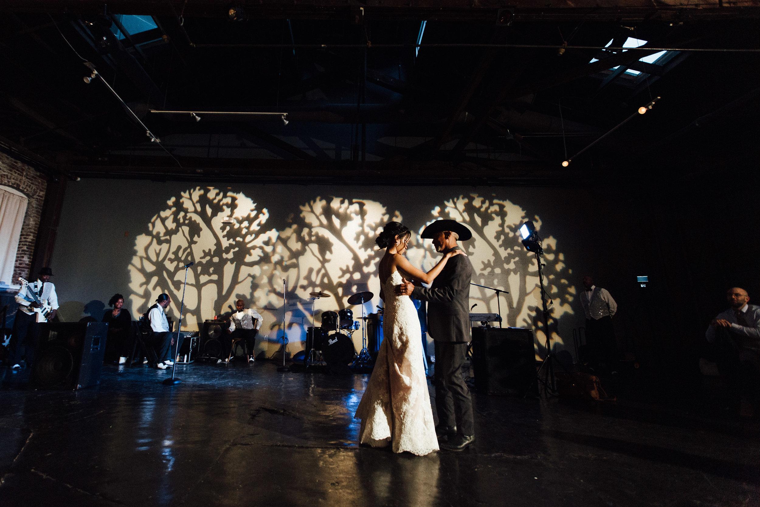 king_plow_atlanta_wedding_art_gallery_modern_lifestyle_documentary_1901.jpg