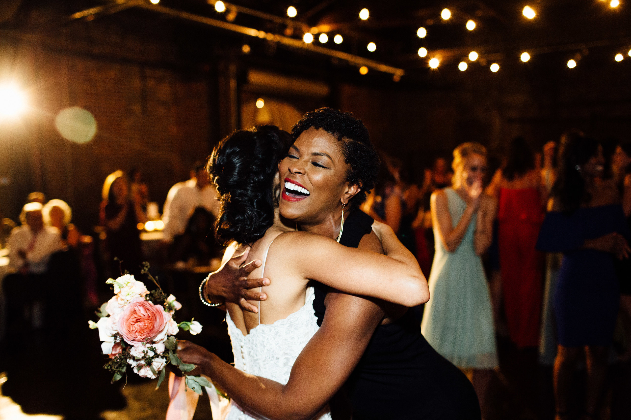 king_plow_atlanta_wedding_art_gallery_modern_lifestyle_documentary_2029.jpg