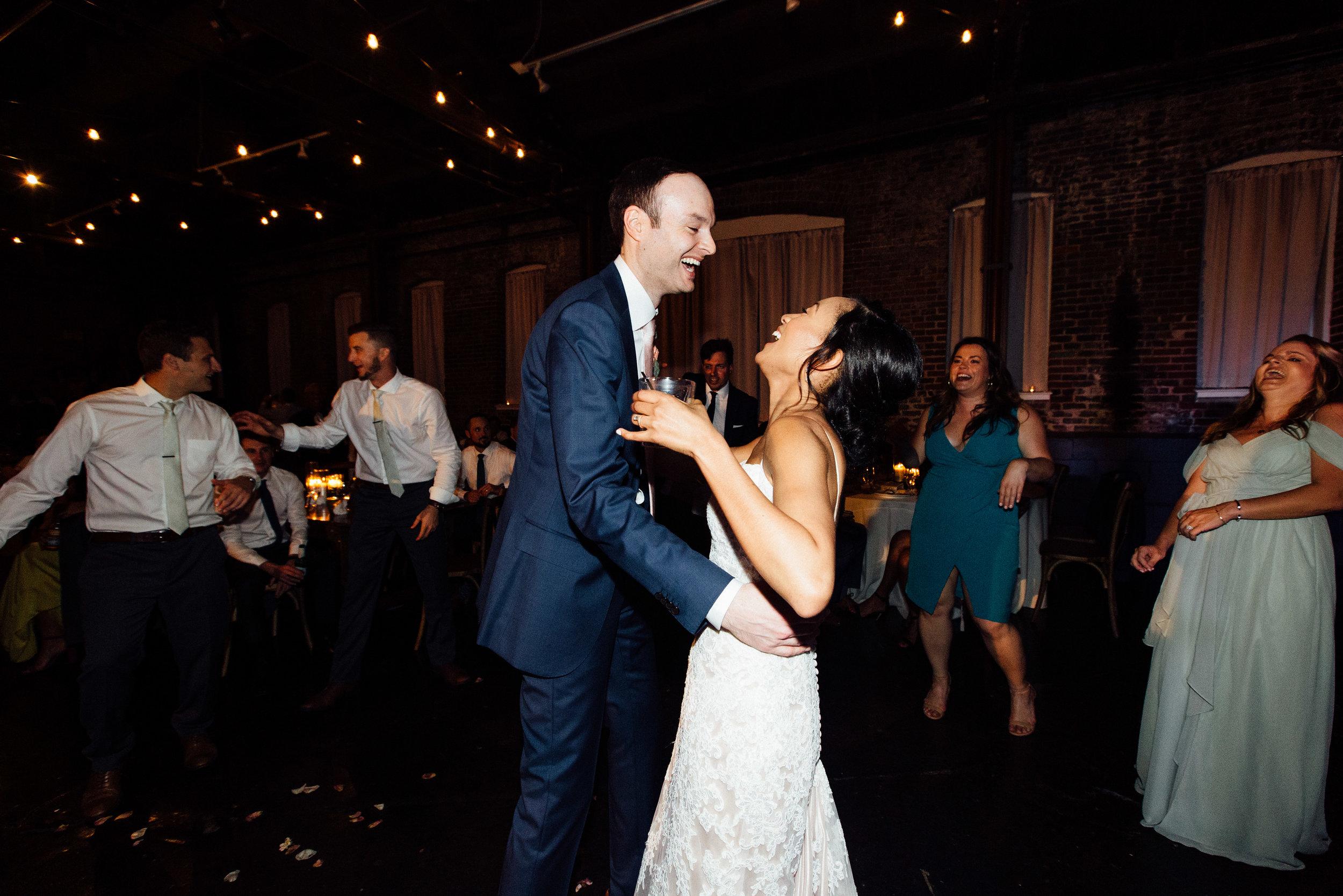 king_plow_atlanta_wedding_art_gallery_modern_lifestyle_documentary_2041.jpg