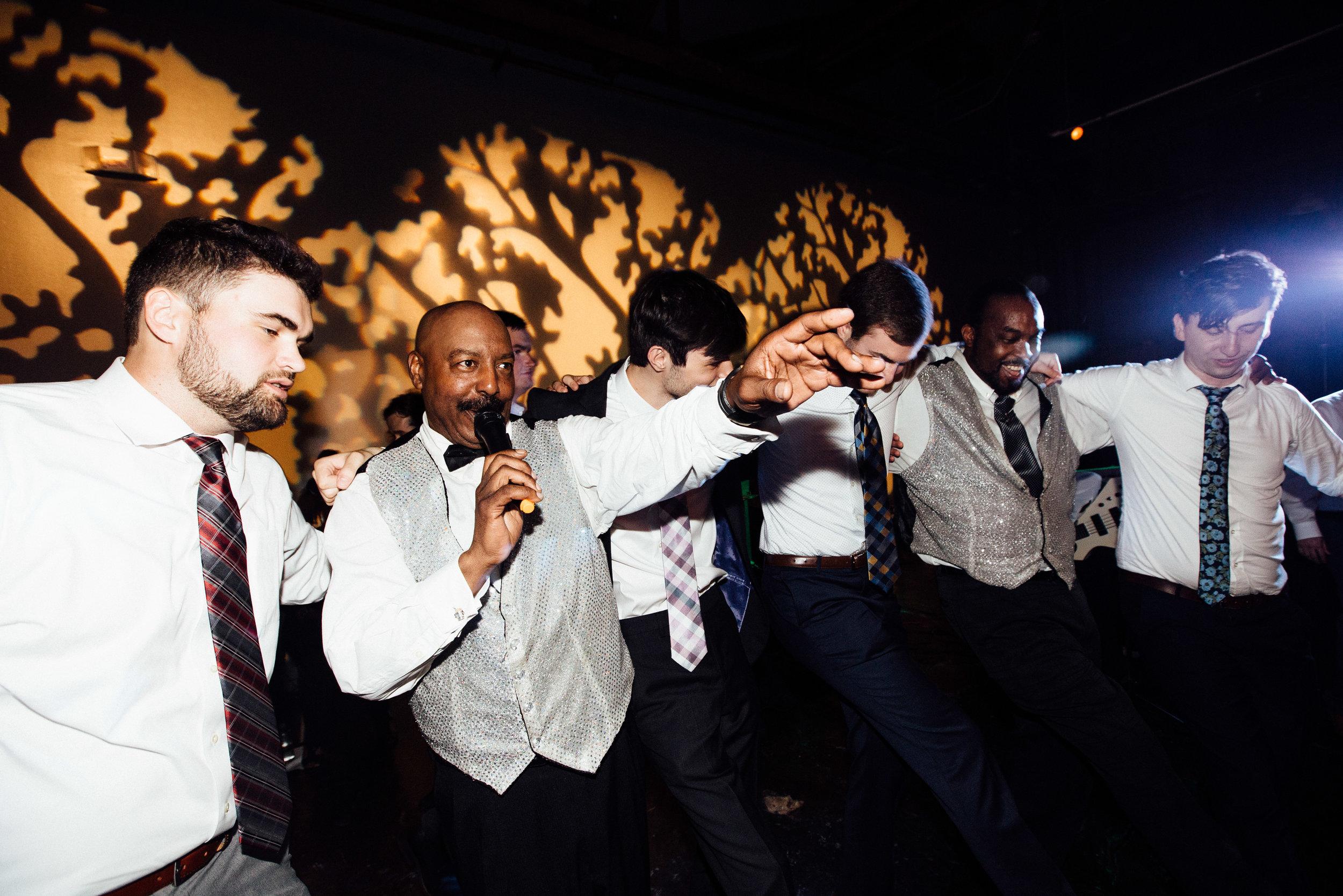 king_plow_atlanta_wedding_art_gallery_modern_lifestyle_documentary_2084.jpg