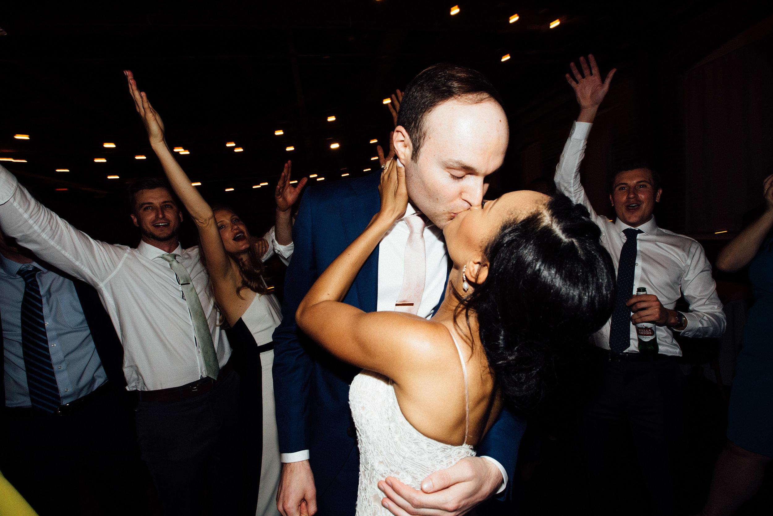 king_plow_atlanta_wedding_art_gallery_modern_lifestyle_documentary_2102.jpg