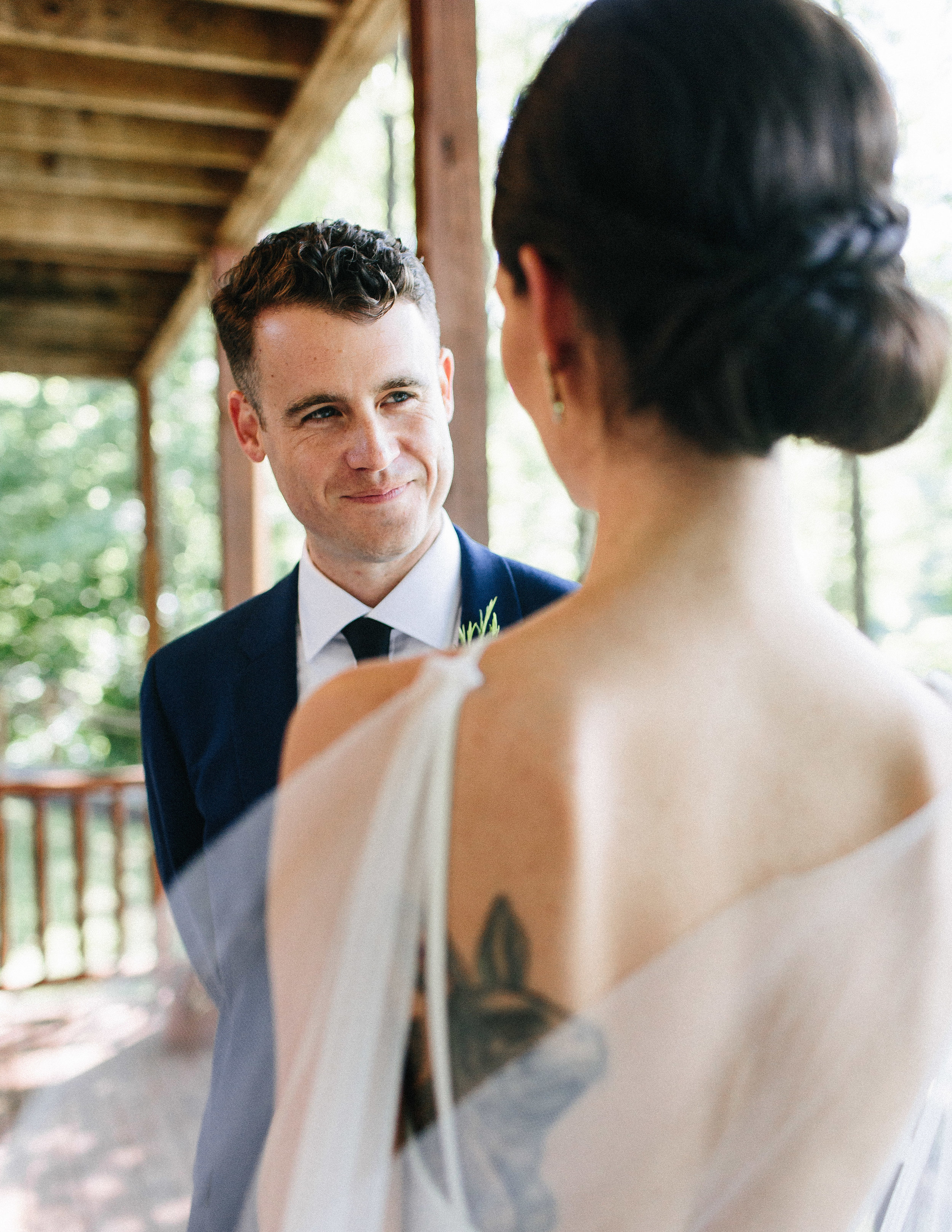 ellijay_cabin_intimate_wedding_georgia_geometric_altar_bridal_cape_diy_1238.jpg