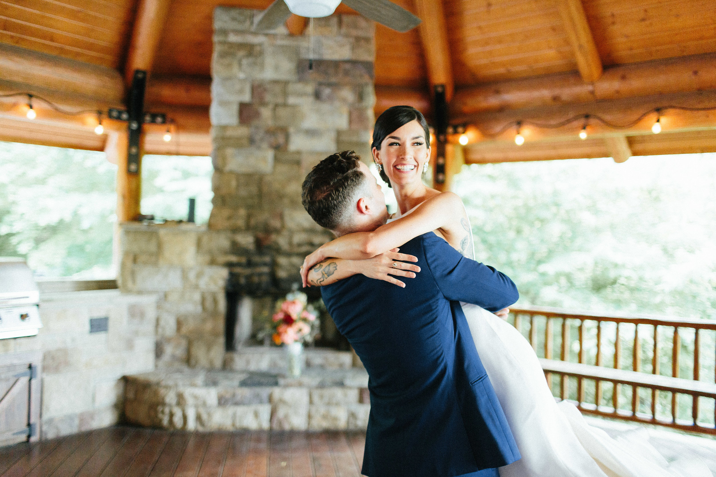 ellijay_cabin_intimate_wedding_georgia_geometric_altar_bridal_cape_diy_1769.jpg