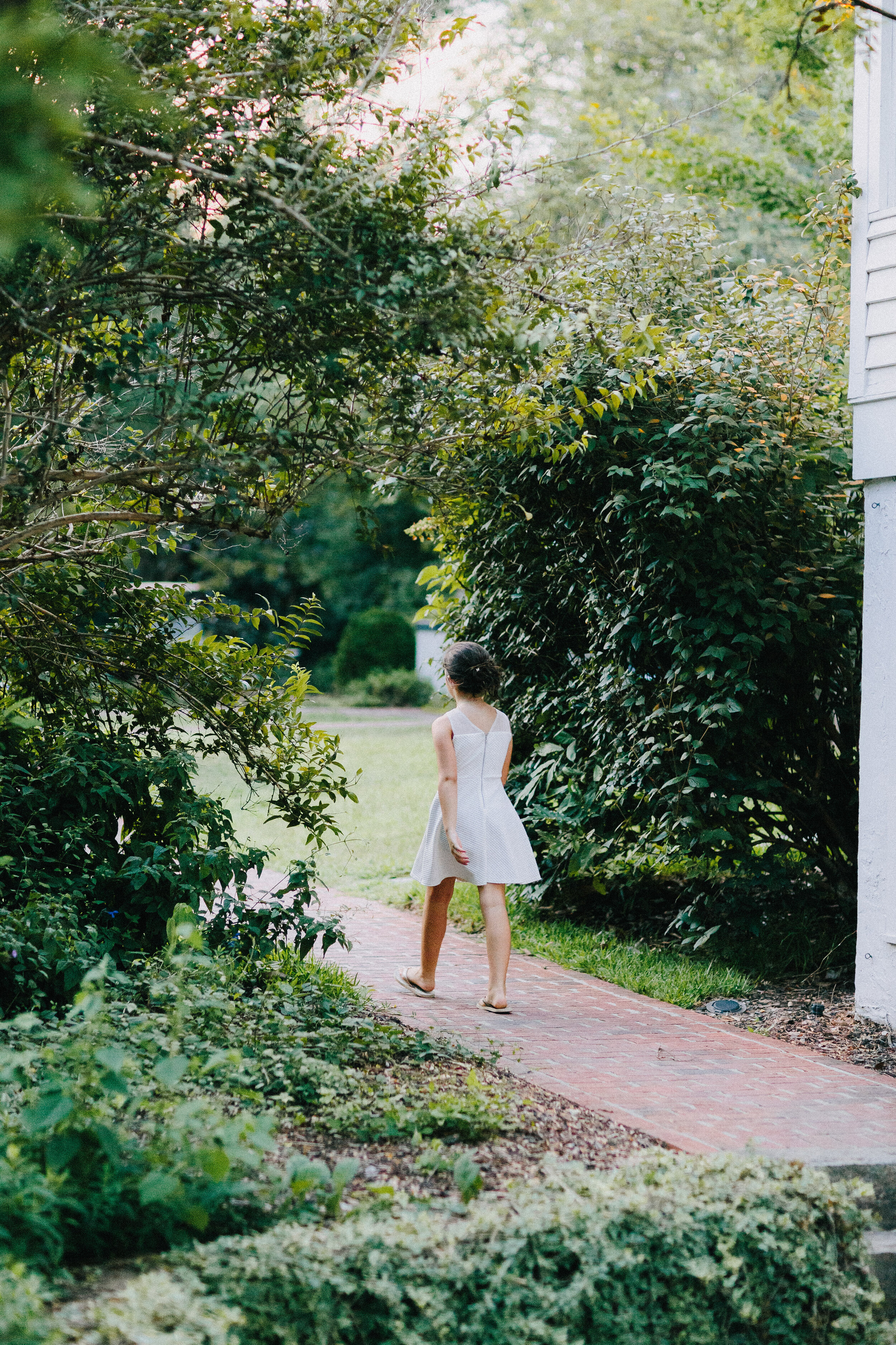 serenbe_forest_summer_wedding_farmhouse_guest_house_garden_3073.jpg