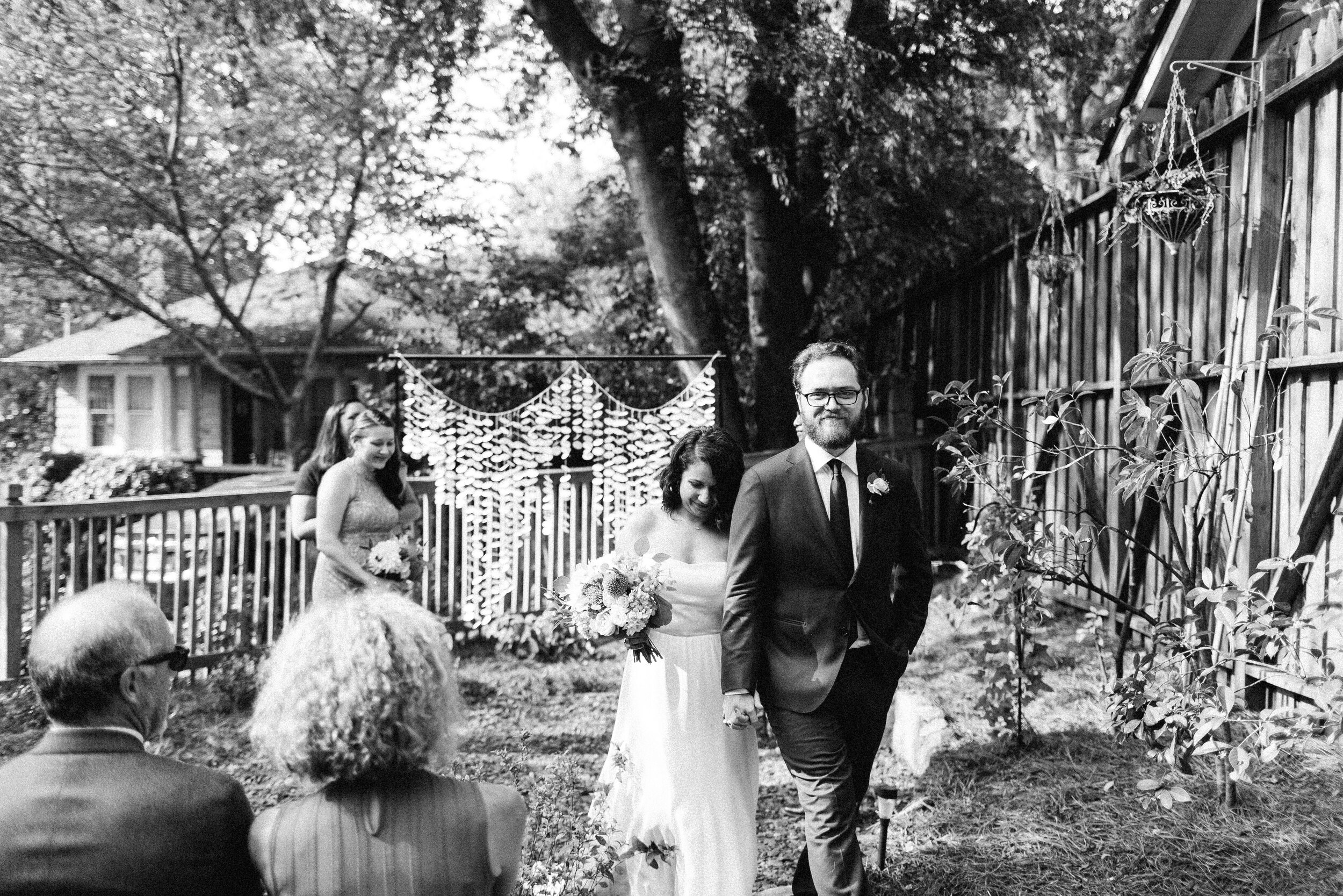 backyard_sun_in_my_belly_wedding_diy_at_home_atlanta_inman_park_arty_photographer_1421.jpg