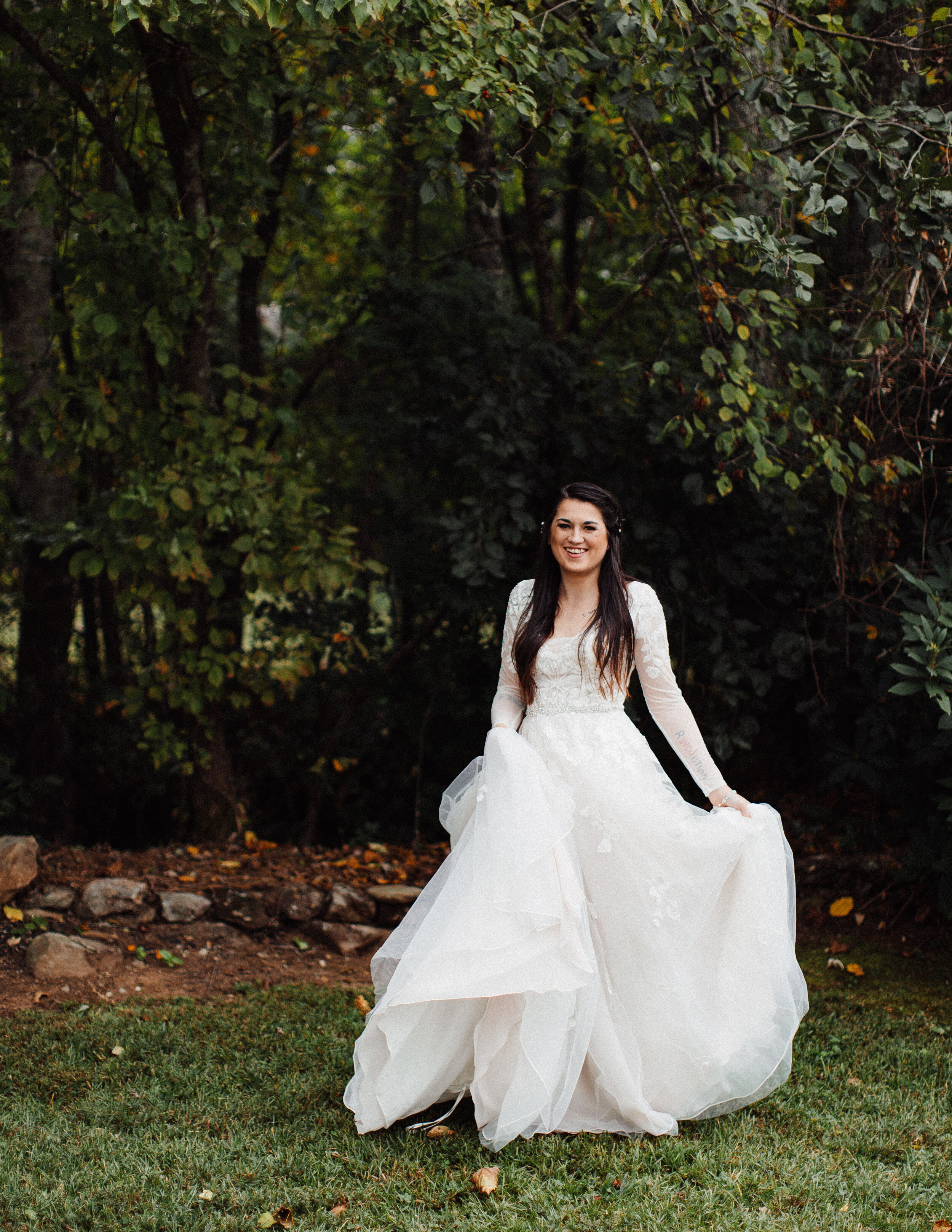 atlanta_wedding_photographers_georgia_same_sex_rustic_barn_farm_lesbian_weddings_inclusive_1196.jpg