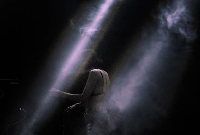 @elohim at @breakaway ✨ ••• #photography #musicportrait #localphoto #creatives #vscocam #moodyfilm #nextvisualportraits #vogove #featurefoto #f21xme #artistportrait #tonegame #gameoftones #visualgram #moodygram #trappngtones #lightroom #illgrammers #musicphotography #columbusphotography #moody #moodyportraits #collectivetrend #cincycreatives #girlscreating #elohim