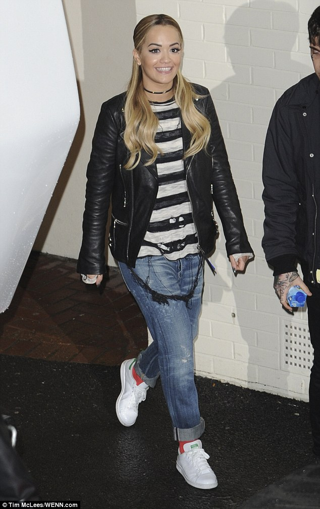 Rita Ora spent her weekend at London's Fountain Studios in Stan Smith sneaks by adidas Originals. Love this look!