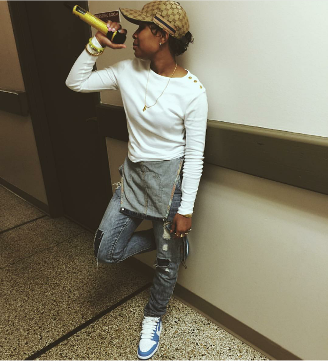 "Dej Loaf kept a casual profile in overalls and a pair of  Air Jordan  1 Retro High OG ""UNC"" sneaks."