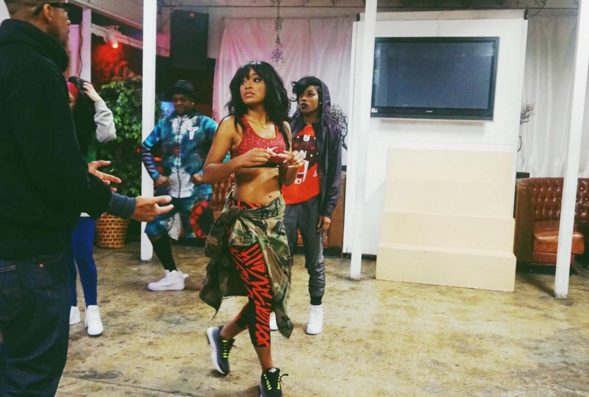Keke Palmer got her dance on in all  Nike  everything, including a clean pair od  Nike  Air Max 95s.