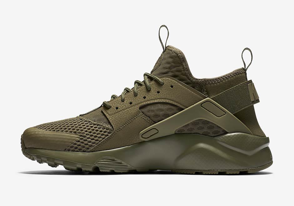 Nike Air Huarache vede militare