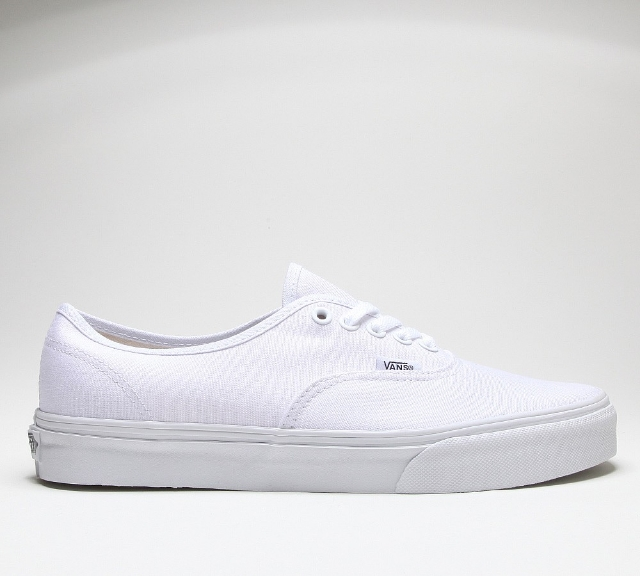 Vans Authentic in True White -  SHOP