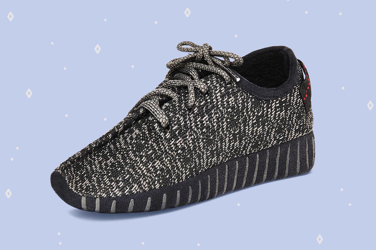 yeezy-boost-350-slippers-3.jpg