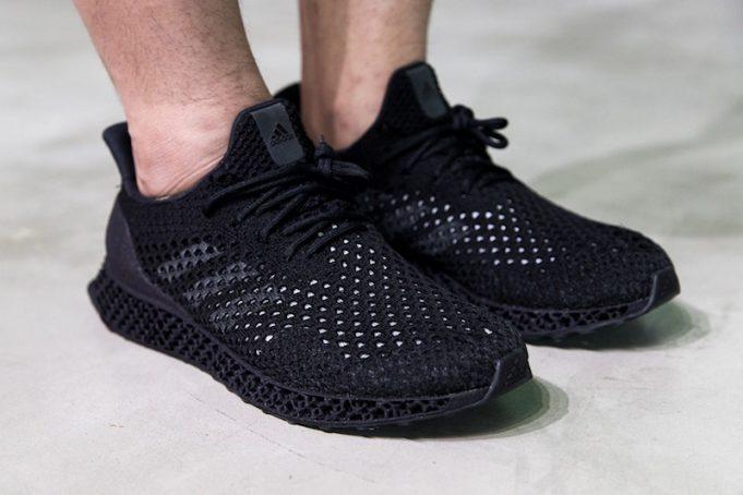 Triple-Black-adidas-Futurecraft-3D-1-681x454.jpg