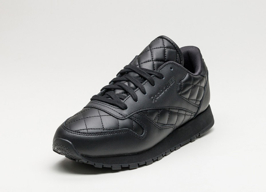 reebok-classic-leather-quilted---all-black-2.jpg