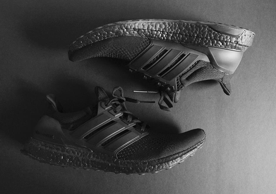 adidas-ultra-boost-triple-black-detailed-preview-02 (1).jpg