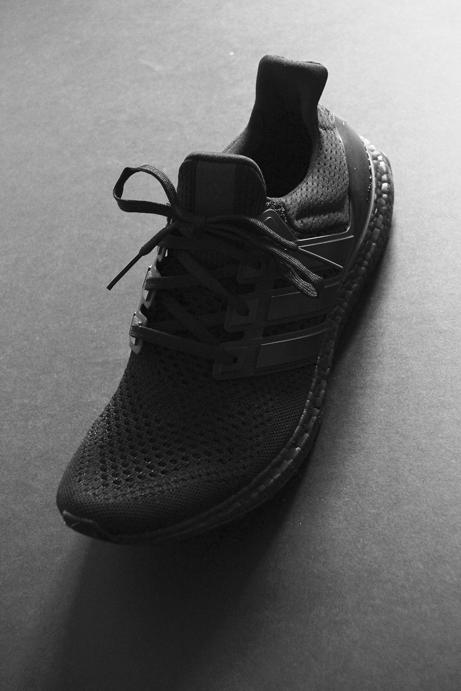 adidas-ultra-boost-triple-black-detailed-preview-05.jpg