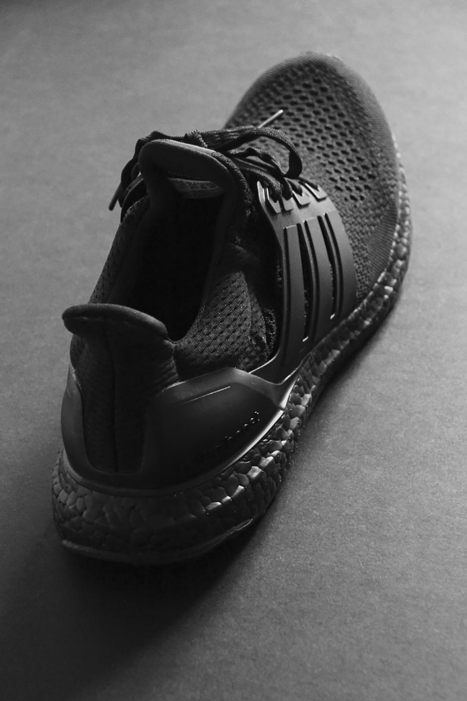 adidas-ultra-boost-triple-black-detailed-preview-06.jpg