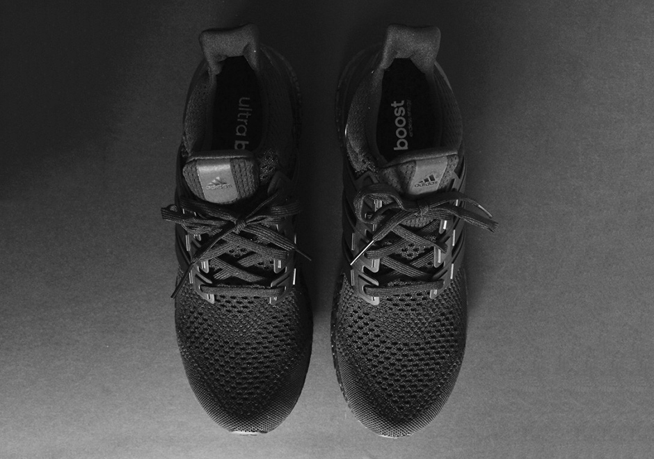 adidas-ultra-boost-triple-black-detailed-preview-08.jpg
