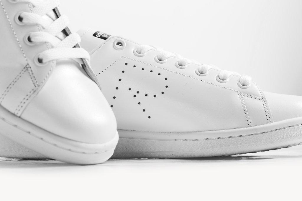 adidas-raf-simons-triple-white-stan-smith-3.jpg