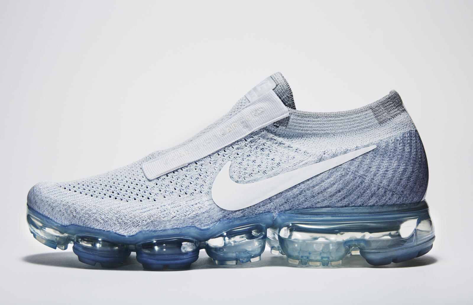 Nike_VaporMax_for_Comme_des_Garcons_4_native_1600.jpg