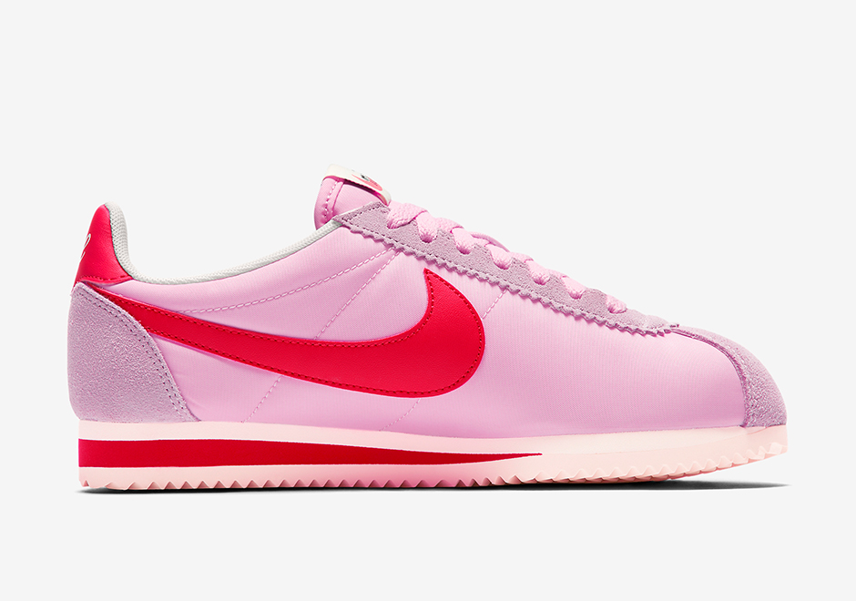 light pink nike cortez
