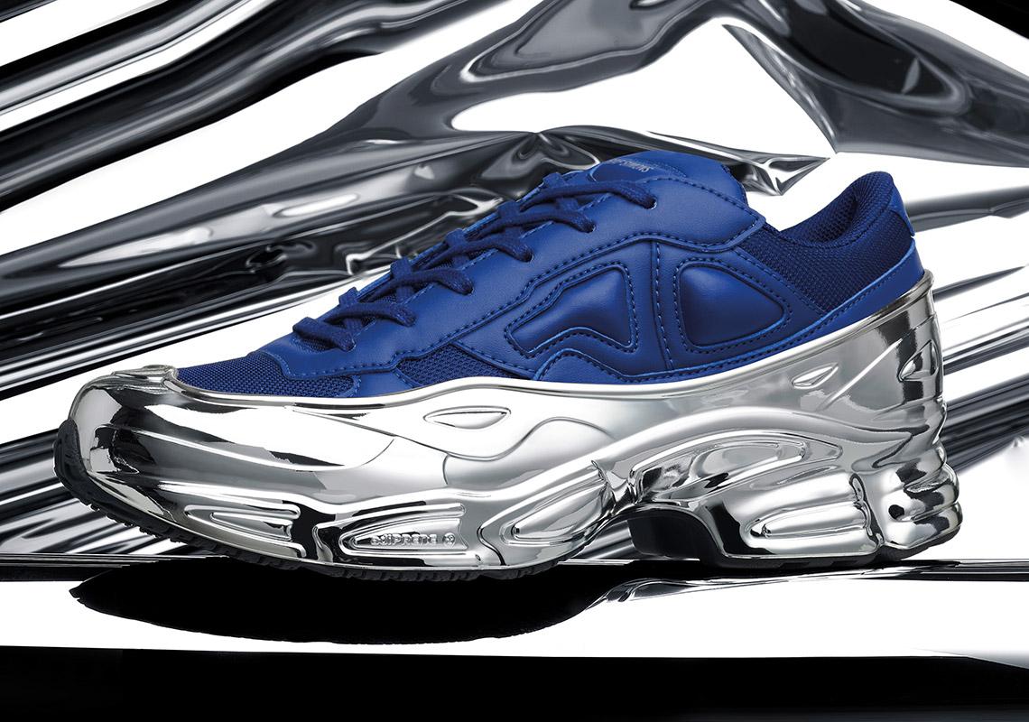 CNKDaily.com-raf-simons-adidas-EE7944_EE7945_EE7946_RS_OZWEEGO-Blue.jpg