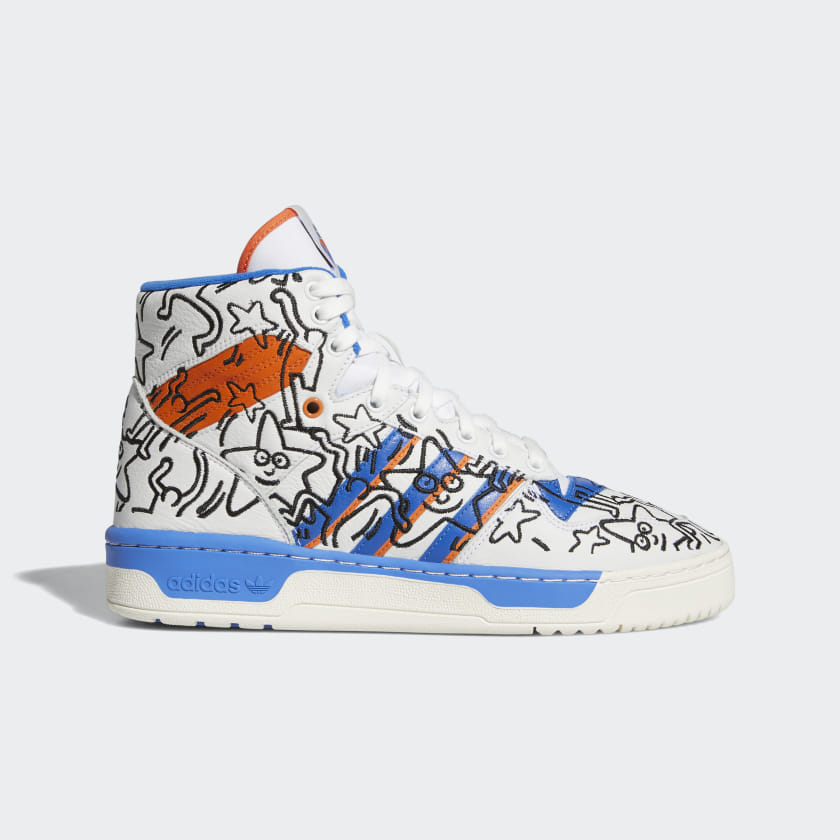 Rivalry_Hi_Keith_Haring_Shoes_White_EE9296_01_standard.jpg