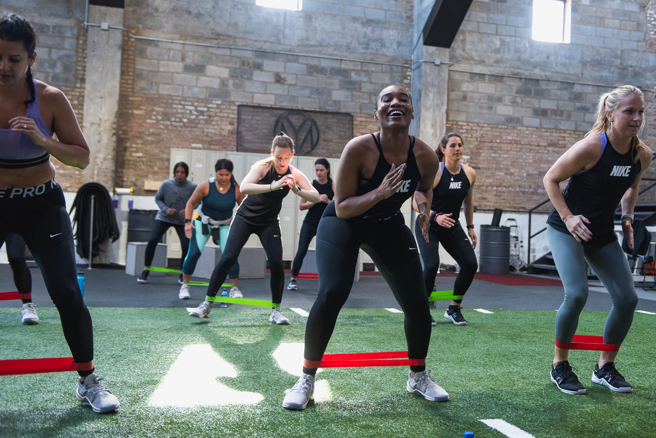 Zoe_Rain_Nike_Training_04_22-_DSC7989 copy.jpg