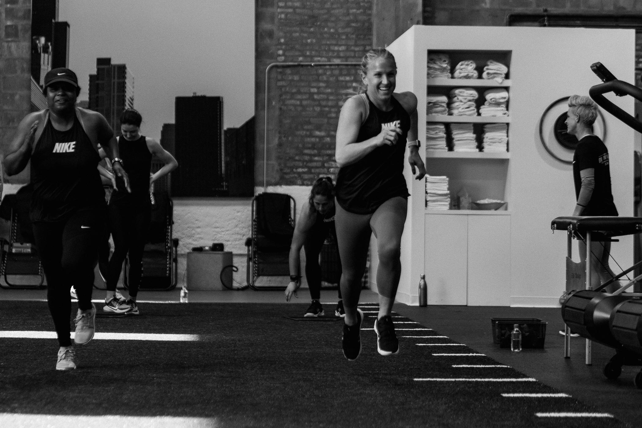Zoe_Rain_Nike_Training_04_22-_DSC8190 copy.jpg
