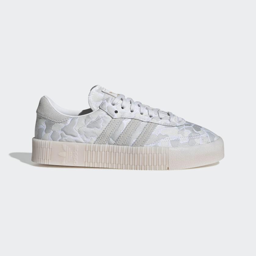 SAMBAROSE_Shoes_White_EE4676_01_standard.jpg