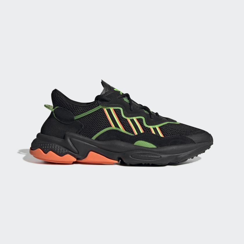 OZWEEGO_Shoes_Black_EE5696_01_standard.jpg