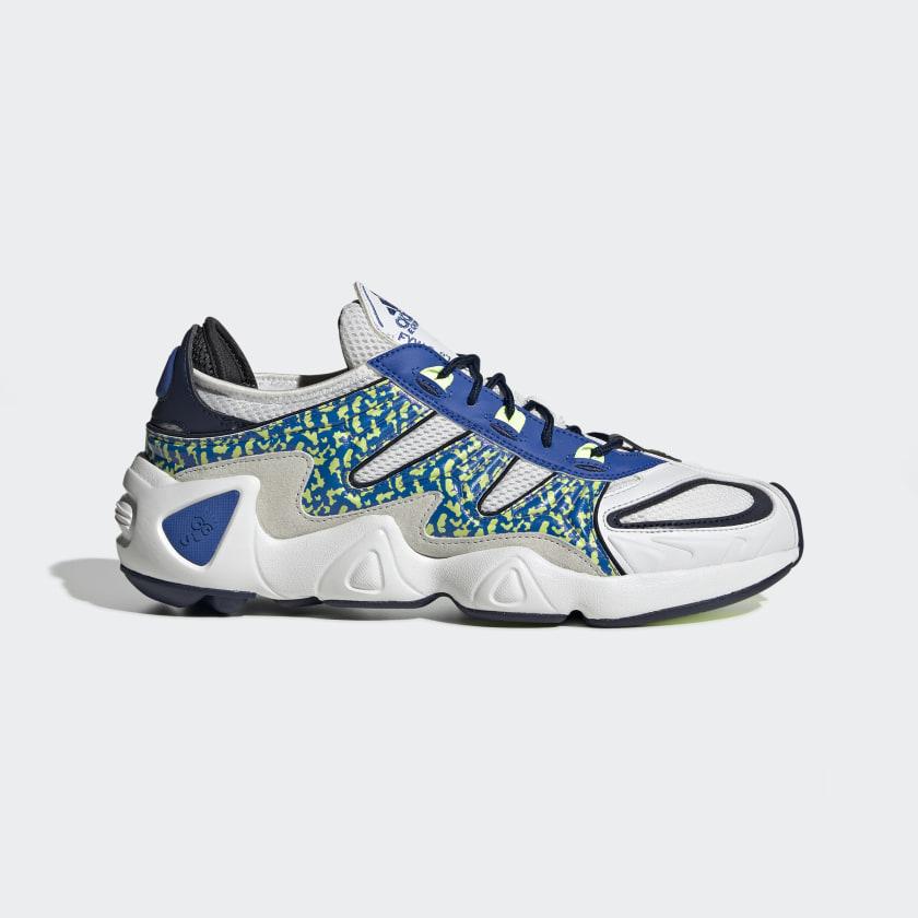 FYW_S_97_Shoes_White_EE5307_01_standard.jpg