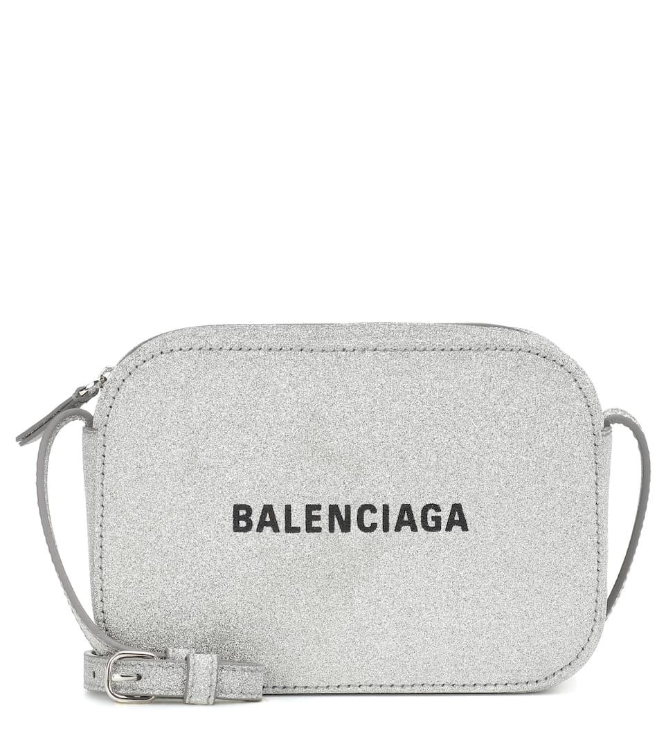 CNK-BALENCIAGA-1.jpg
