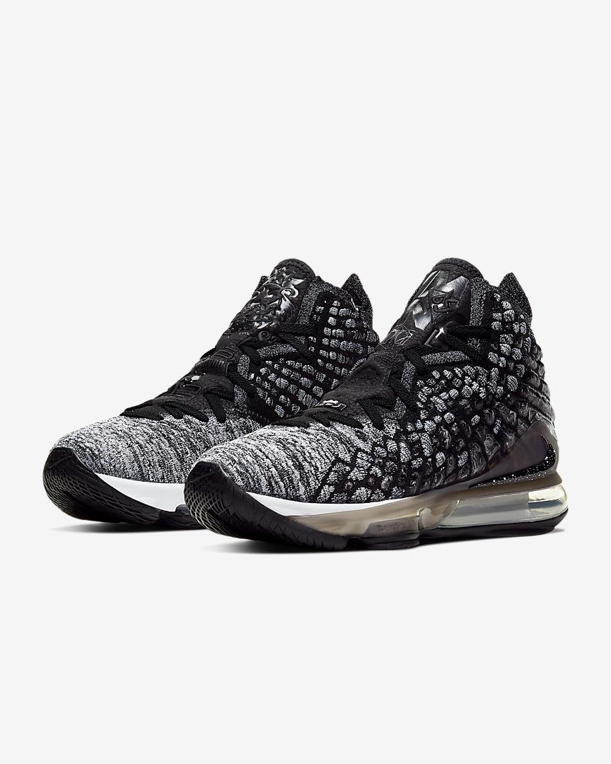 lebron-xvii-basketball-shoe-6LSXgh.jpg