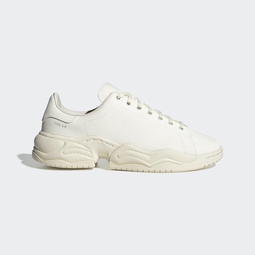 Type_O_2R_Shoes_White_EG9481_01_standard.jpg